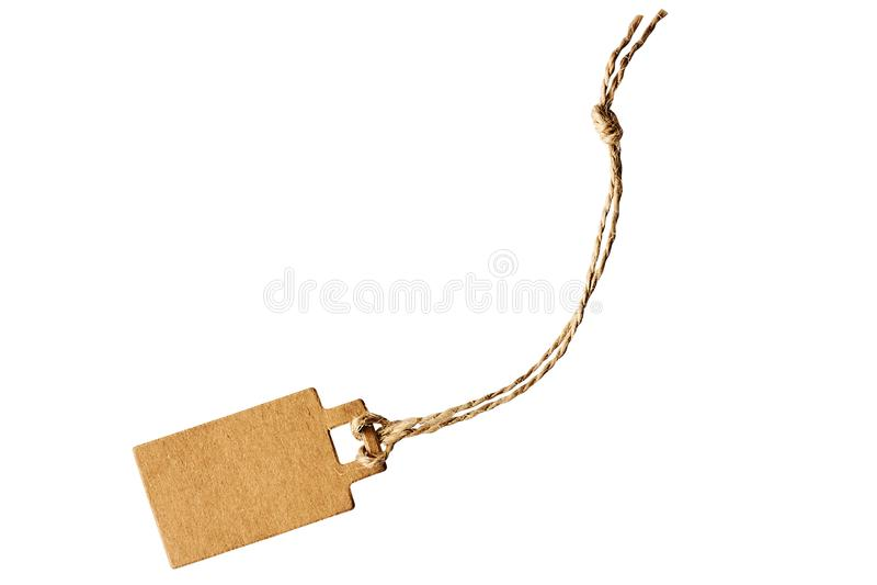 Prix à payer brun vide de carton, étiquette de vente, étiquette de cadeau, étiquette -adresse d'isolement sur le fond blanc photographie stock