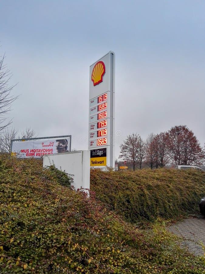 Prix de carburant en hausse en Allemagne image stock