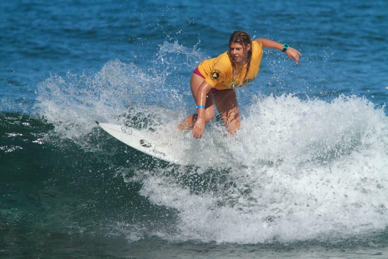 Pro Amy Nichols do surfista fotografia de stock royalty free