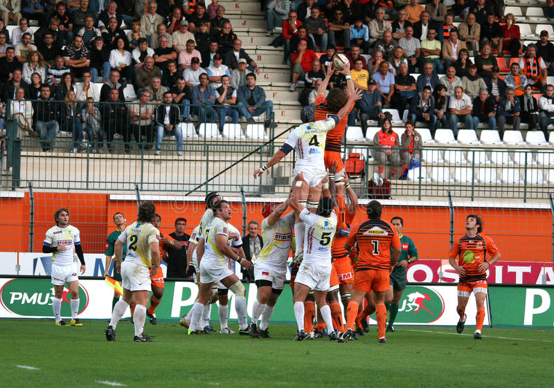 Download Pro D2 Rugby Match RCNM Vs Stade Montois Editorial Photo - Image of parc, championnat: 11330096