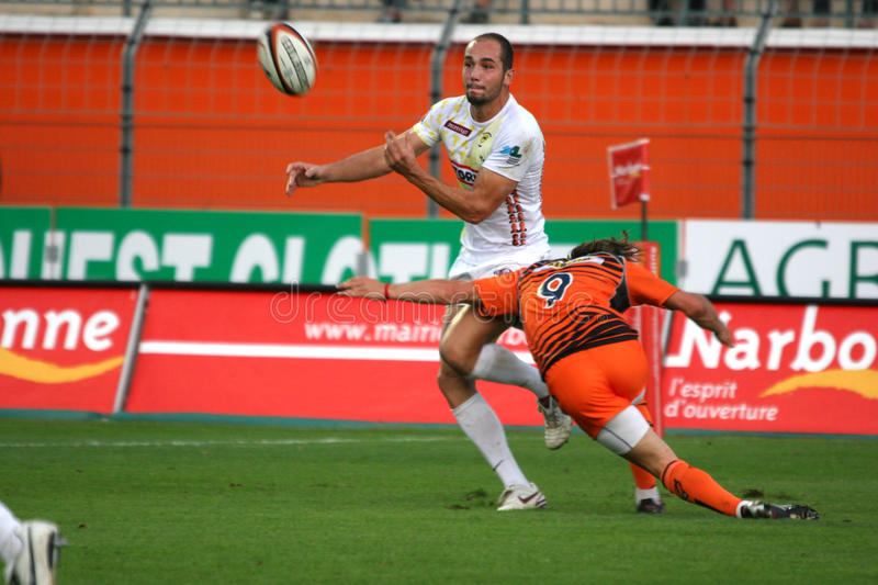 Download Pro D2 Rugby Match RCNM Vs Stade Montois Editorial Stock Image - Image of ballon, stade: 11330419