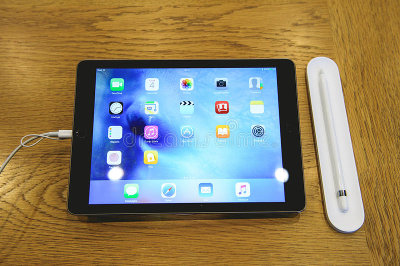Pro lancement de nouvel iPad photos stock