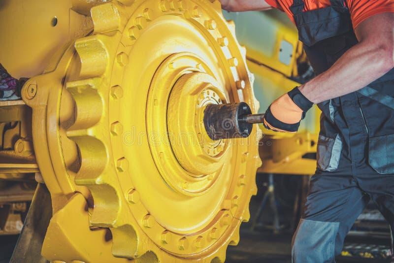 Pro meccanico del bulldozer fotografie stock libere da diritti
