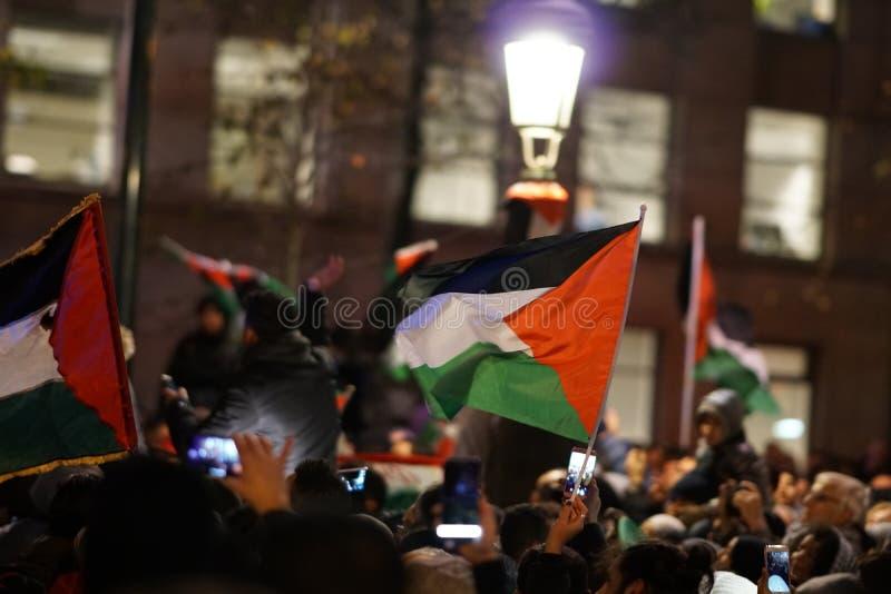 Pro-Palestijns protest na U S verklaring als het erkennen van de stad van Jeruzalem als de hoofdstad van Israël royalty-vrije stock afbeelding