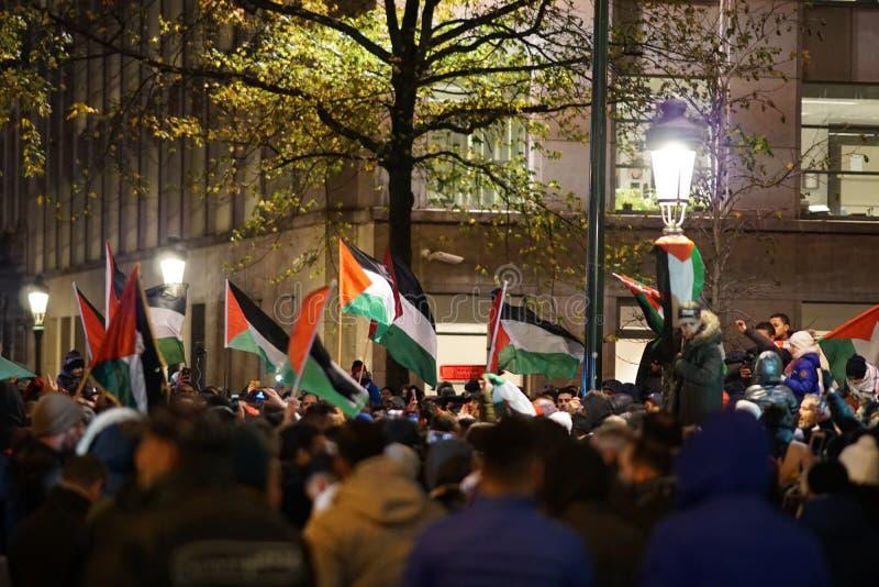 Pro--palestinier protest efter U S förklaring som igenkännande av staden av Jerusalem som huvudstaden av Israel arkivfoto