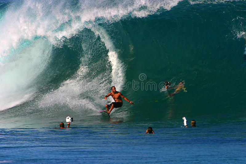 Download Pro Surfer Shane Dorian Surfing At Pipeline Editorial Stock Image - Image: 13894499