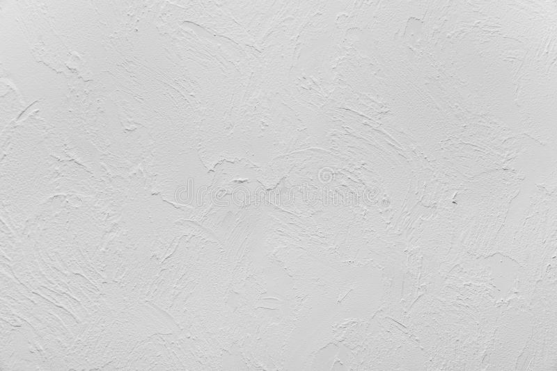 Probe des dekorativen Gipses der Entlastung auf der Wand, Innenraum, natürliche Farbe ohne Farbzu tonen, nicht beendet, Dachboden stockbilder