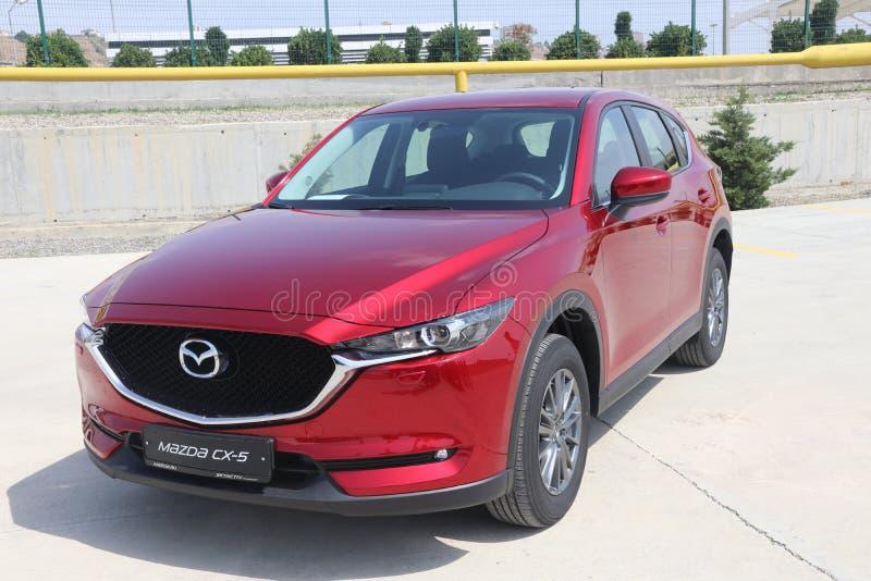 Probefahrt der zweiter Generation restyled Übergang SUV Mazdas CX-5 lizenzfreie stockbilder