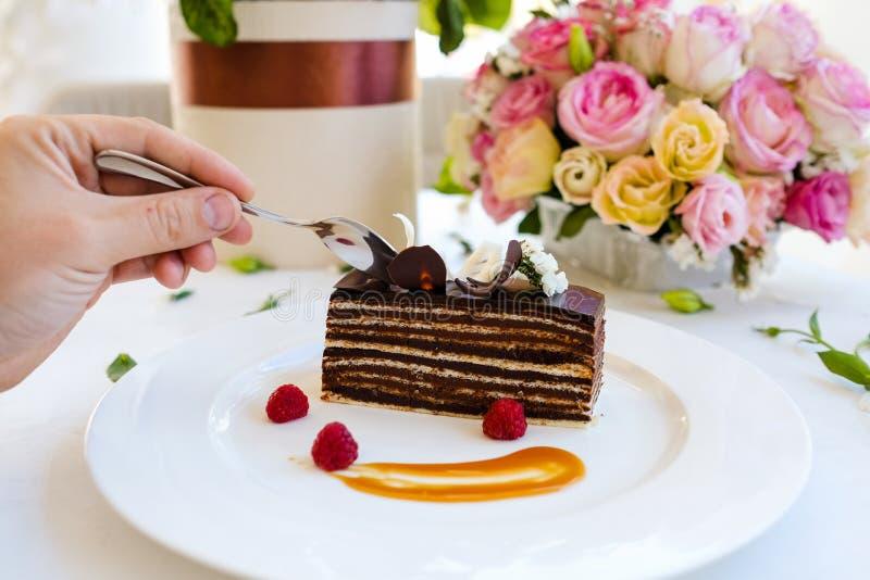 Probierenschokoladenkuchen-Nachtischrezept lizenzfreies stockfoto