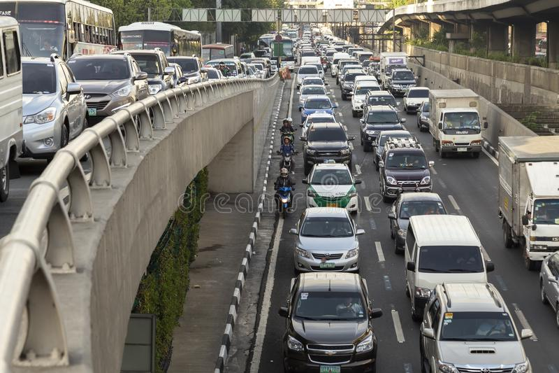 Probl?me d'embouteillage dans la m?tro Manille image stock