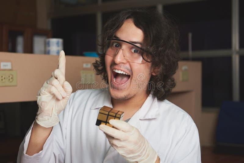 Problème résolu par chimiste image stock