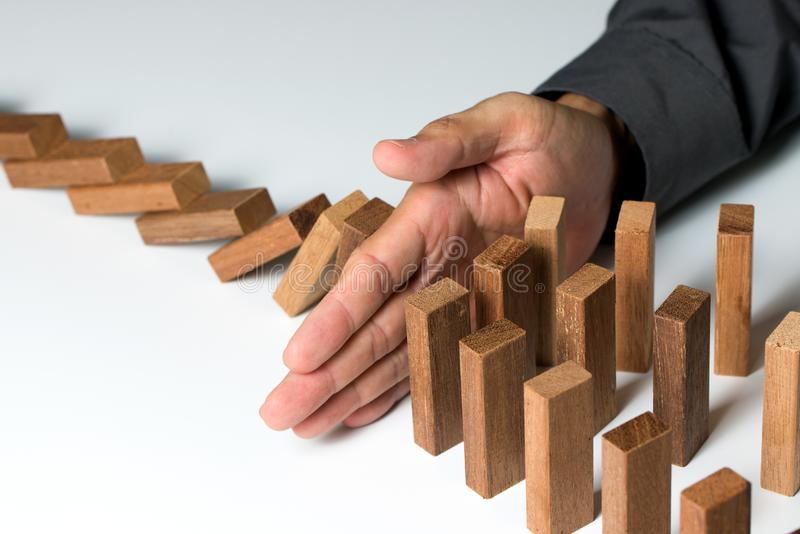Probleem het oplossen, risicobeheer of het concept van de verzekeringsbescherming stock afbeelding