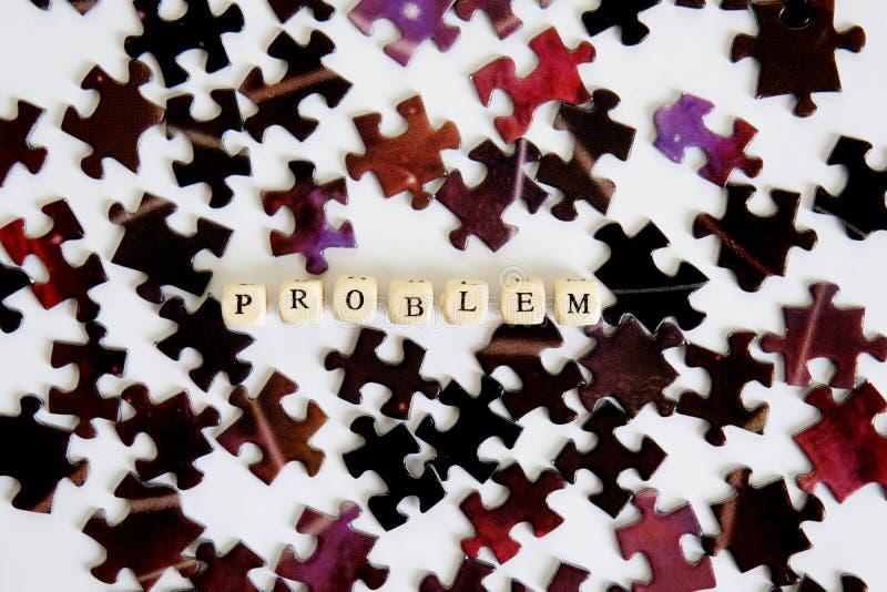 Problem i swój rozwiązanie Gromadzić łamigłówki Znalezień rozwiązania powikłani problemy Sposobności z problemu fotografia stock