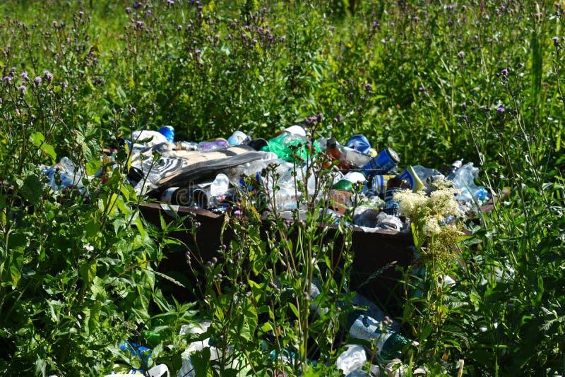 Problem kontaminowanie środowisko Planety ekologia fotografia royalty free