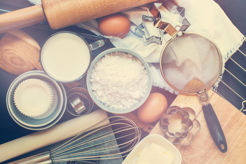 Procédé de boulangerie de préparation de table de cuisine modifié la tonalité images libres de droits
