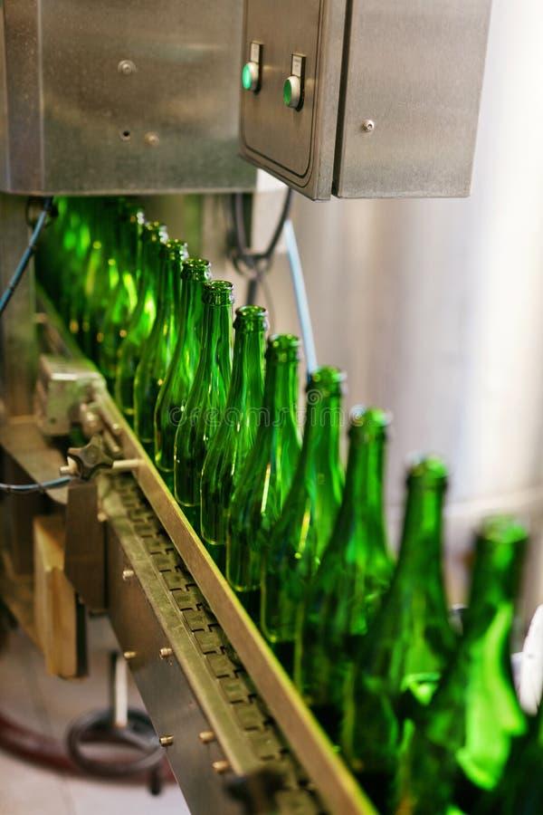 Procédé de brassage de bière sur la brasserie image libre de droits