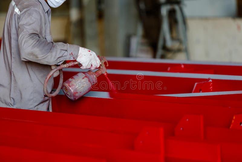 Procédé de peinture par le pistolet de pulvérisation image libre de droits