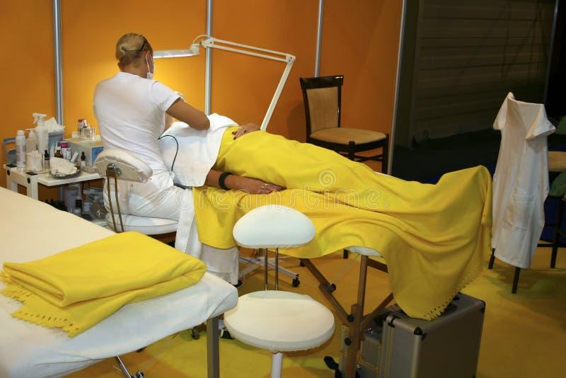 Procedimiento médico o cosmético fotos de archivo libres de regalías