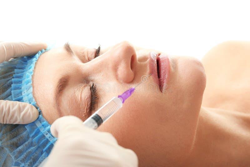 Procedura wargi augmentacja z hyalurowego kwasu zastrzykiem obraz royalty free