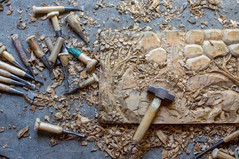 Proces Drewniana Drewniana ręka Rzeźbiąca cyzelowanie słoni 3D wystroju Ściennego panelu drewna ściany Ręcznie Robiony Tekowa szt obrazy royalty free