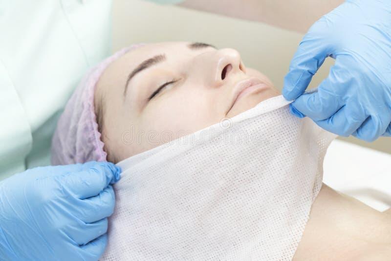 Proces kosmetyk maska masaż i facials obraz royalty free