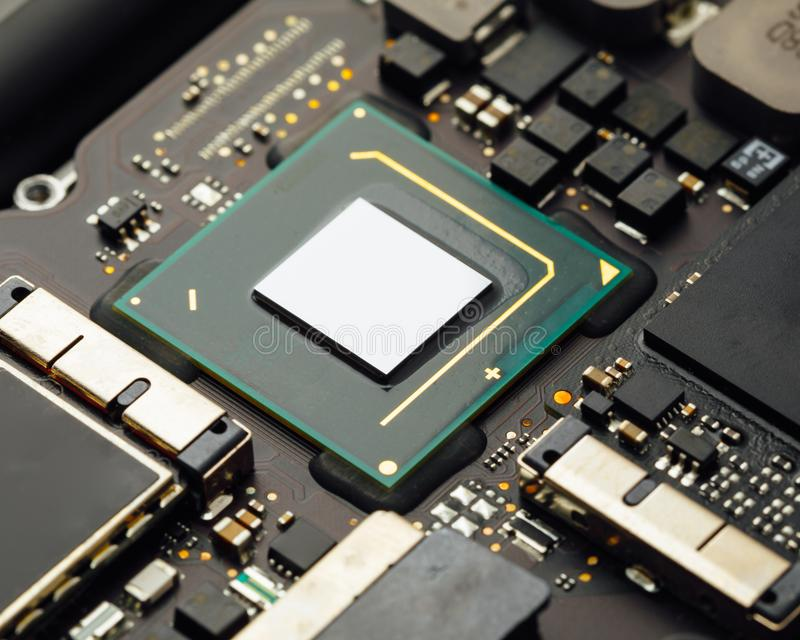 Procesador de la CPU de un ordenador portátil fotos de archivo libres de regalías