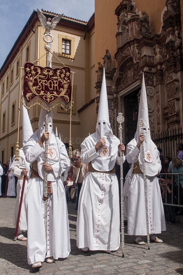 Procesión de la fraternidad de la cena santa, semana santa en Sevilla imagenes de archivo