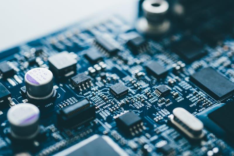 Processador central do servidor da microeletrônica do cartão-matriz do hardware da placa do computador foto de stock