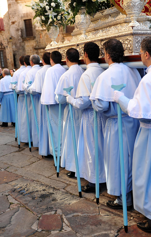 Procession av oskulden av berget, festmåltid av beskyddaren, Caceres, Extremadura, Spanien royaltyfri fotografi