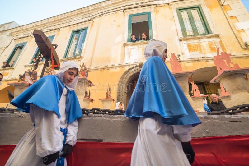 Procession för PROCIDA-PÅSKlångfredag royaltyfri fotografi