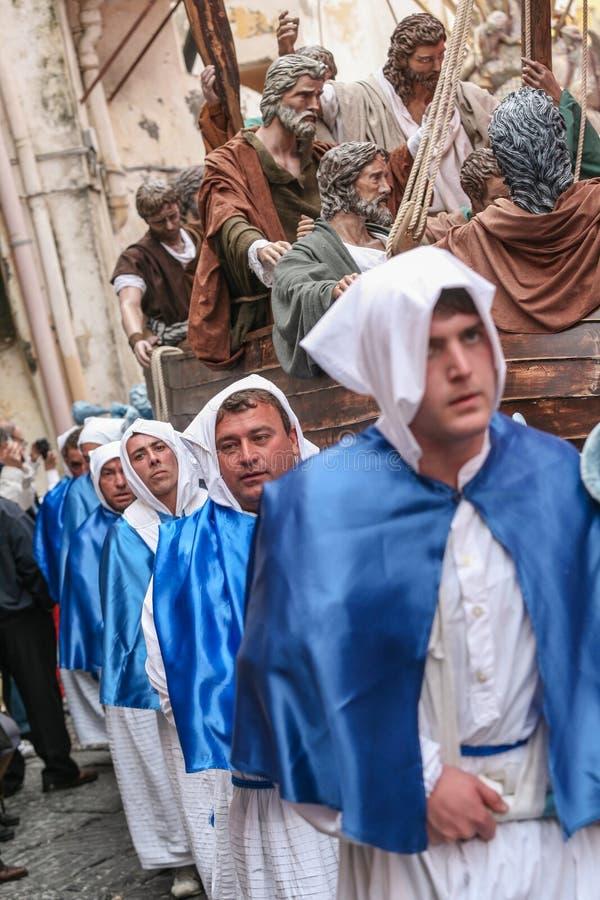 Procession för PROCIDA-PÅSKlångfredag arkivfoton