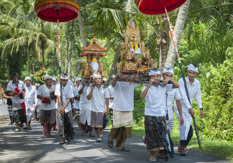 Processione di indù di balinese immagini stock libere da diritti