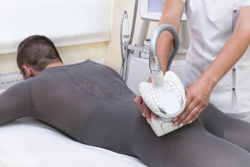 Processo no lipomassage da clínica foto de stock