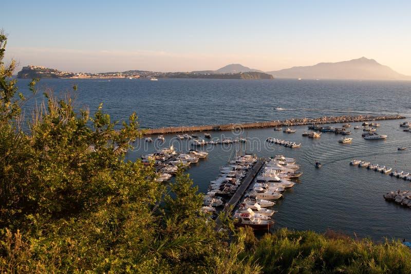 Procida et ischions - les belles îles dans le Golfe de Naples ! photographie stock