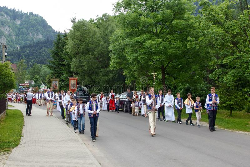 Procissão durante a celebração católica do ¼ e Cialo de BoÅ fotos de stock royalty free