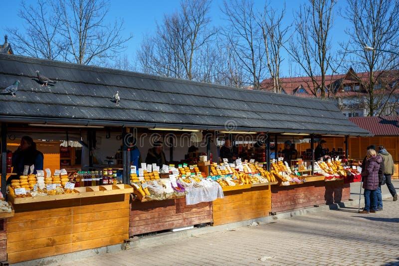 Prodotti alimentari regionali al mercato immagine stock libera da diritti