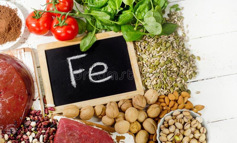 Prodotti che contengono ferro Cibo di dieta sana immagine stock libera da diritti
