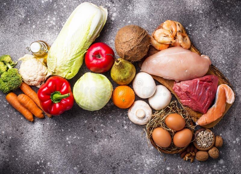 Prodotti sani per la dieta di paleo fotografie stock
