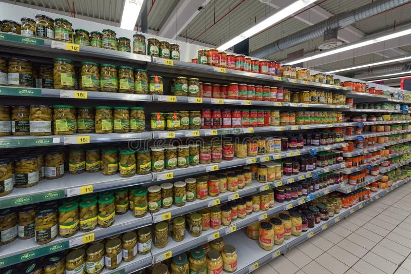 Prodotto inscatolato supermercato fotografia stock libera da diritti