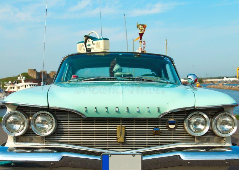 Produção 1960 americana luxuosa da fúria de Plymouth do carro no festival de imagens de stock royalty free