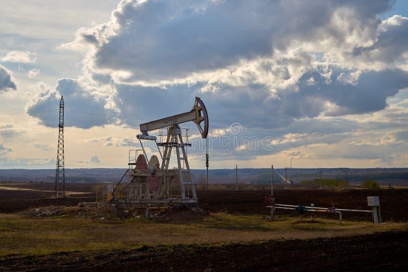 Producción de petróleo y gas foto de archivo libre de regalías