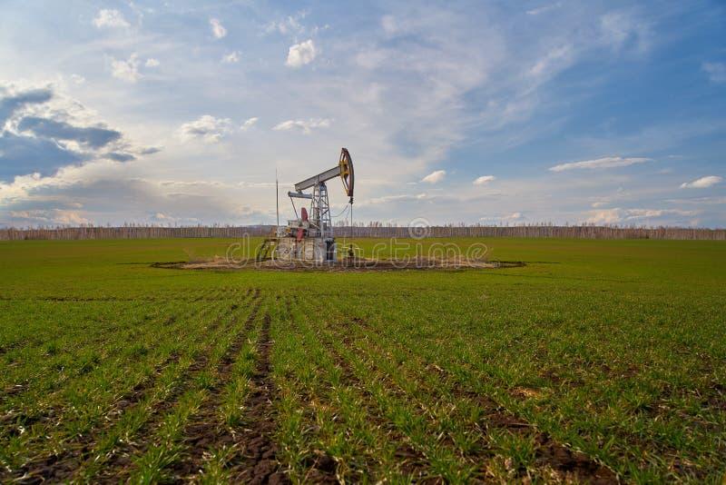 Producción de petróleo y gas foto de archivo