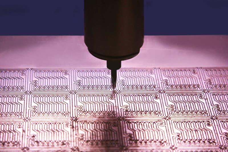 Producción de placas de circuito impresas imágenes de archivo libres de regalías