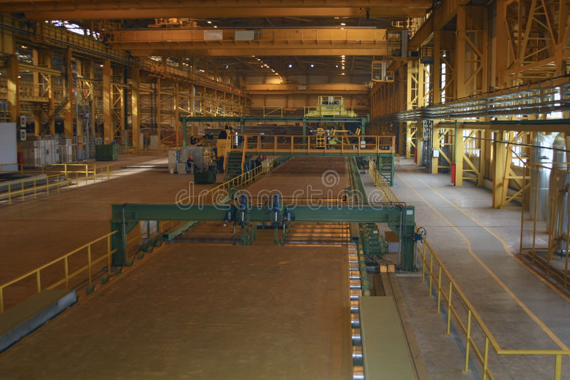 Producción rodada de la hoja en la metalurgia ferrosa imágenes de archivo libres de regalías