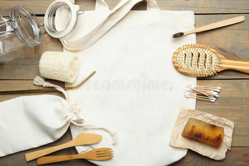 Producten van de Eco de vriendschappelijke persoonlijke verzorging, ecozak, staalstro stock foto's