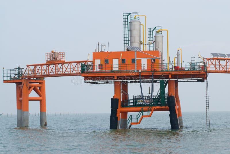 Production de pétrole photographie stock