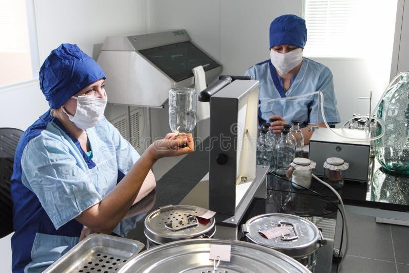Production pharmaceutique des drogues photos libres de droits