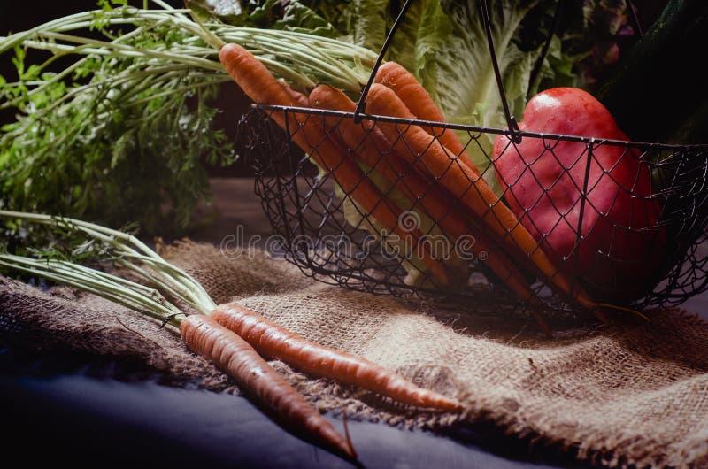 Download Producto-vehículos Frescos De Vegetables Foto de archivo - Imagen de salud, oscuro: 41912610
