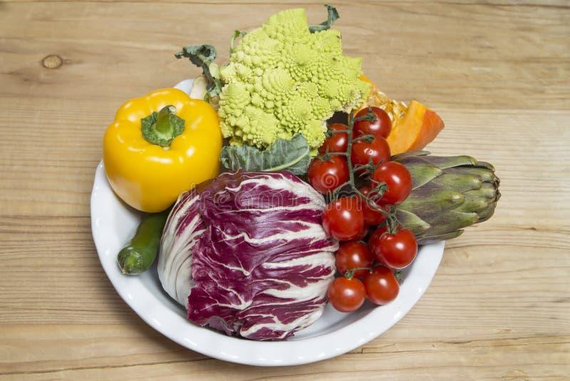 Producto-veh?culos frescos de vegetables fotos de archivo