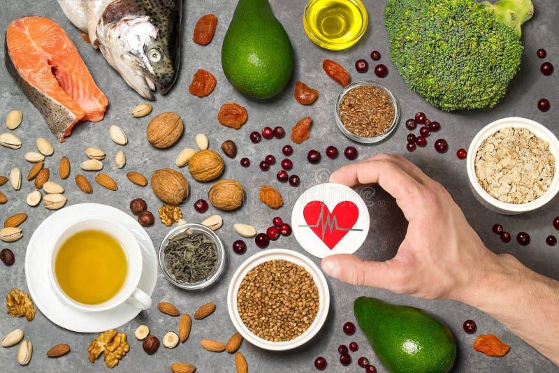 Productos alimenticios útiles para el corazón imágenes de archivo libres de regalías